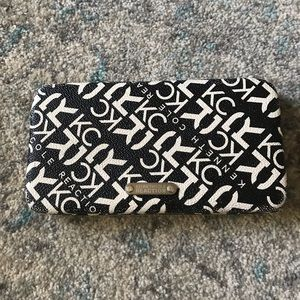 Kenneth Cole black and white wallet!